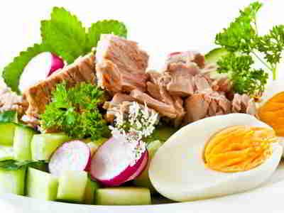 Thunfisch ist ein kalorienarmes Lebensmittel